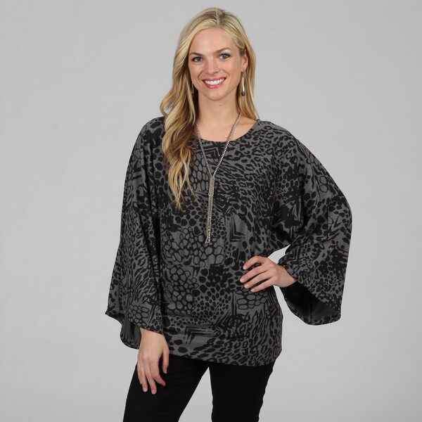 Kozy Women's Grey Tiger Print Kimono Sleeve Top