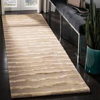 "Safavieh Handmade Soho Stripes Beige/ Gold New Zealand Wool Rug - 2'6"" x 14'"