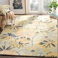 Safavieh Handmade Blossom Cara Modern Floral Wool Rug