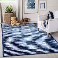 Safavieh Handmade Children's Stripes Ivory/ Blue Wool Rug - 8' x 10'