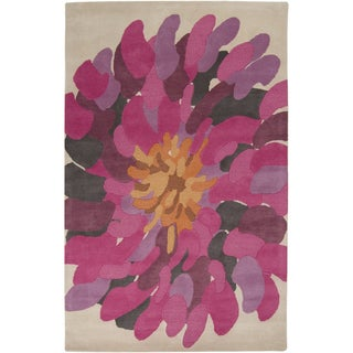 Hand-tufted Omega Raspberry Wool Bold Floral Rug (2' x 3')