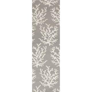 Handwoven Jetta Light Grey Wool Rug (2'6 x 8')
