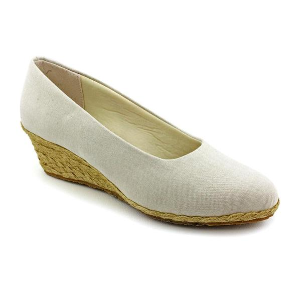 Beacon Women's 'Westport' Basic Textile Casual Shoes - Extra Wide (Size 8)