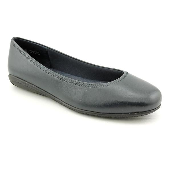 Walking Cradles Women's 'Faye' Leather Casual Shoes - Wide (Size 7.5)
