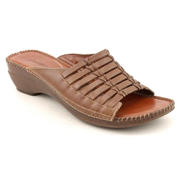 Auditions Women's 'Newman' Leather Sandals (Size 5.5)