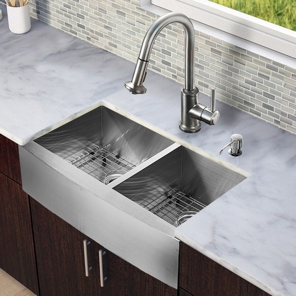 Vigo All In One Camden Farmhouse Kitchen Sink Set: Shop VIGO All-in-One 33-inch Stainless Steel Farmhouse