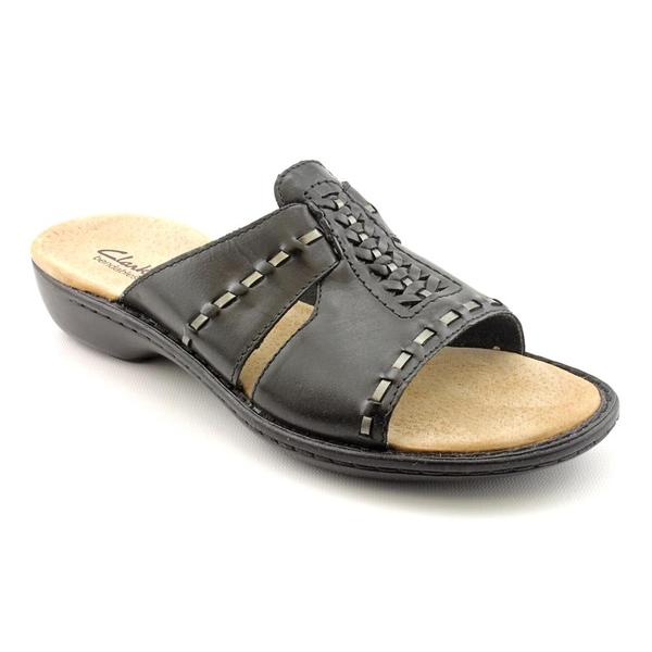 f19e28df5ca Shop Clarks Women s  Ina Bow  Leather Sandals - Narrow (Size 9.5 ...