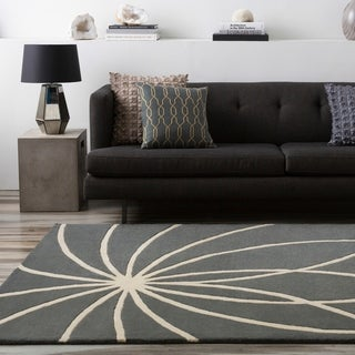 Hand-tufted Beernem Dove Grey Floral Wool Rug (4' x 6')