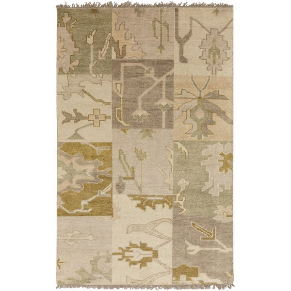 Hand-knotted Tanaina Green Wool Rug (8' x 11')