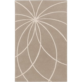 Hand-tufted Beerse Safari Tan Floral Wool Rug (7'6 x 9'6)