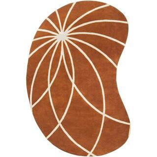 Hand-tufted Beauraing Carmine Floral Wool Kidney Shape Area Rug - 6' x 9'