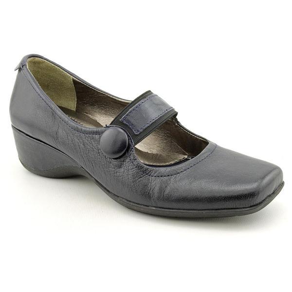 Shop Naturalizer Women S Gable Leather Dress Shoes