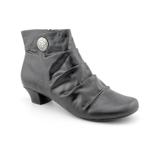 Portlandia Women's 'Milano' Leather Boots - Wide