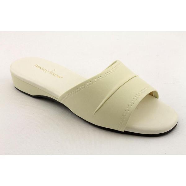 38c3c14cf232 Shop Daniel Green Women s  Dormie  Synthetic Dress Shoes (Size 5.5 ...