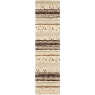 Safavieh Handmade Wyndham Ivory New Zealand Wool Rug (2' 3 x 9')