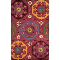 Safavieh Handmade Wyndham Red New Zealand Wool Area Rug (4' x 6') - 4' x 6'