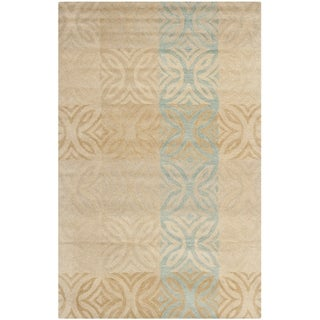 Safavieh Handmade Wyndham Beige New Zealand Wool Rug (5' x 8')