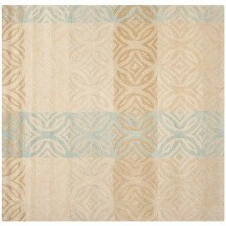 Safavieh Contemporary Handmade Wyndham Beige New Zealand Wool Rug (7' x 7' Square)