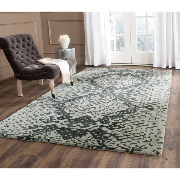 Safavieh Handmade Wyndham Grey New Zealand Wool Rug (5' x 8') - 5' x 8'