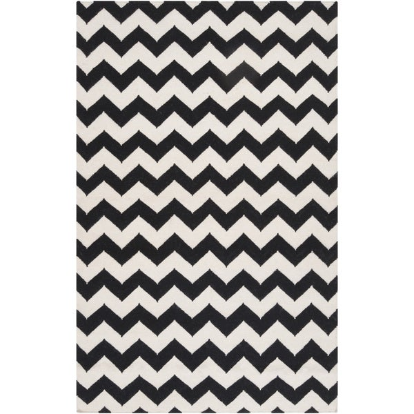 Handwoven Midnight Chevron Jet Black Wool Rug (2' x 3')