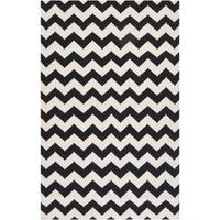 Hand-woven Midnight Chevron Jet Black Wool Area Rug (8' x 11')