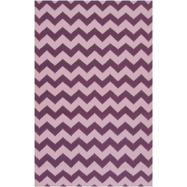 Handwoven Berry Chevron Berry Wool Rug (2' x 3')