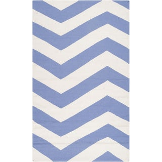Handwoven Spring Chevron Spring Wool Rug (2' x 3')