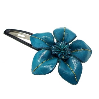 Floral Attention Genuine Leather Hair Pinch Clip (Thailand)