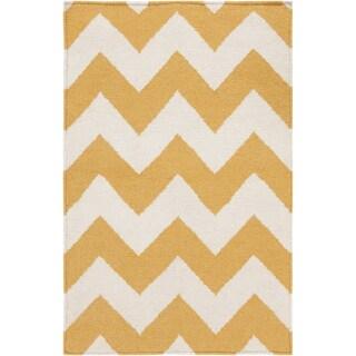 Handwoven Sandy Chevron Golden Yellow Wool Rug (9' x 13')