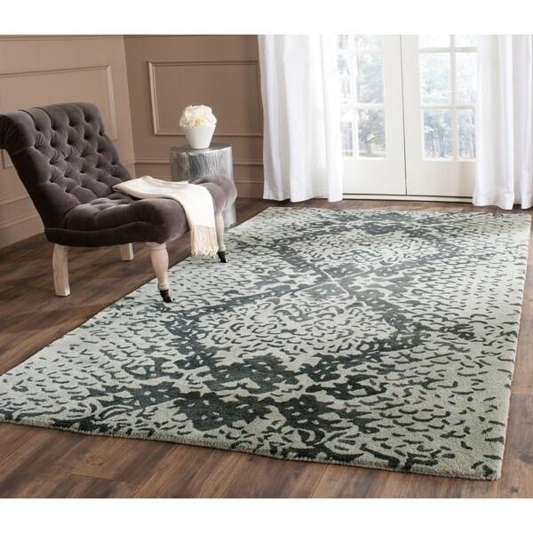 Safavieh Handmade Wyndham Grey New Zealand Wool Rug - 8' x 10'