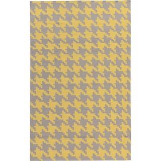 Hand-woven Brooks Yellow Wool Rug (9' x 13')