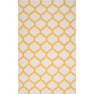 Hand-woven Enderby Yellow Wool Rug (2' x 3')