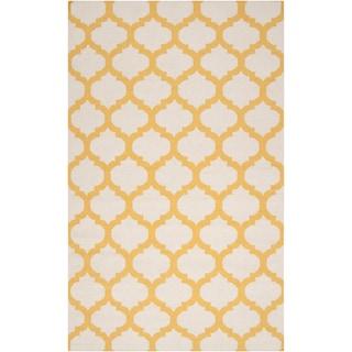 Handwoven Fernie Yellow Wool Rug (9' x 13')