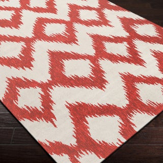 Hand-woven Quesnel Red Wool Area Rug - 5' x 8'/Surplus