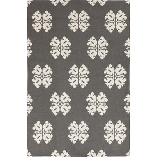 Hand-woven Stencil Dove Pewter Wool Rug (8' x 11')