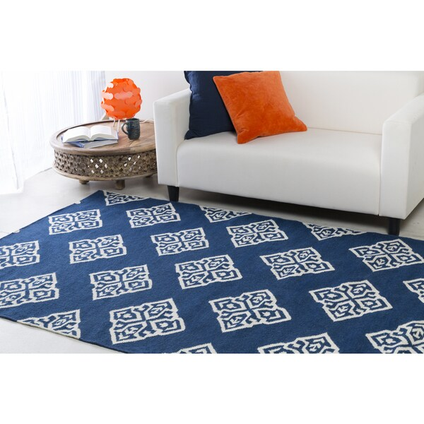 Hand-woven Almere Blue Wool Area Rug - 5' x 8'