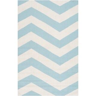Handwoven SkyChevron Aqua Wool Rug (9' x 13')