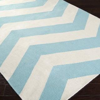 Handwoven SkyChevron Aqua Wool Rug (5' x 8')