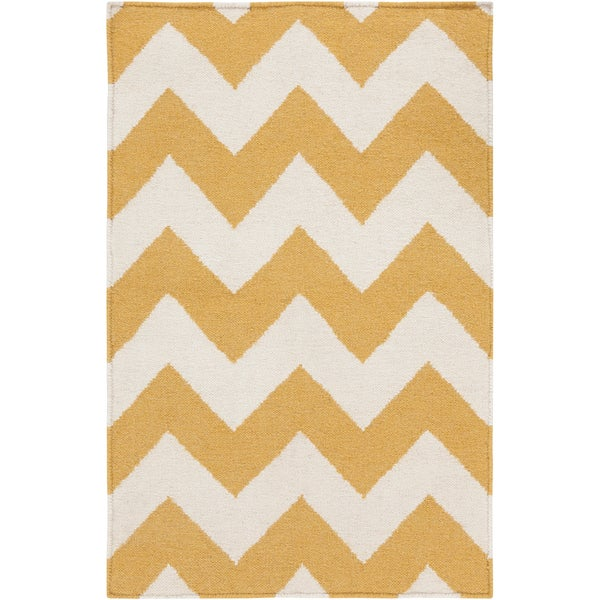 Handwoven SandyChevron Golden Yellow Wool Rug (8' x 11')