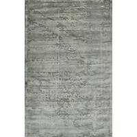 Traditional Distressed Mist Grey Rug