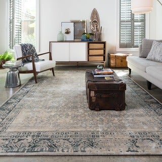 Francis Ivory/ Charcoal Distressed Rug