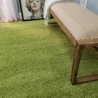 Shag Solid Green Area Rug (5' x 7') - 5' x 7'