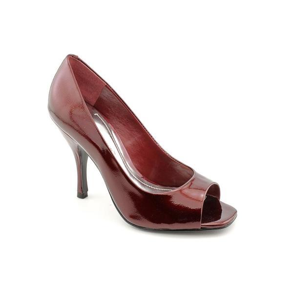 BCBGeneration Women's 'Ariel' Patent Leather Dress Shoes (Size 10)