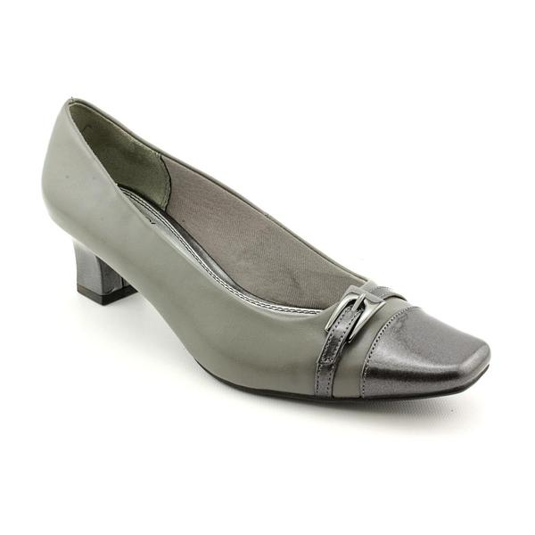 Life Stride Women's 'Nimble' Synthetic Dress Shoes - Wide