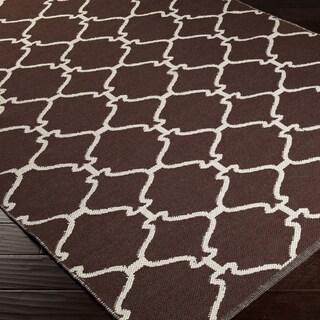 Hand-woven MochaTrellis Dark Chocolate Wool Rug (5' x 8')