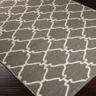 Hand-woven OvercastTrellis Grey Brown Wool Rug (5' x 8')