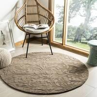 Safavieh Handmade Fern Scrolls Brown New Zealand Wool Rug (5' x 5' Round) - 5' x 5' round