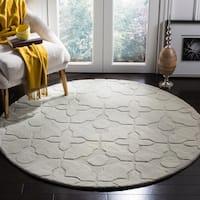 Safavieh Handmade Tranquility Silver New Zealand Wool Rug - 5'