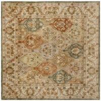 Safavieh Handmade Bakhtieri Multi/ Beige Wool Rug - 6' Square