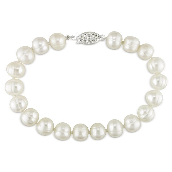Miadora Sterling Silver White Cultured Freshwater Pearl Bracelet (7.5-8 mm)